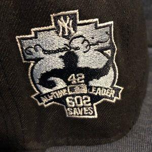 New York Yankees Authentic 7 3/8 Mariano Rivera
